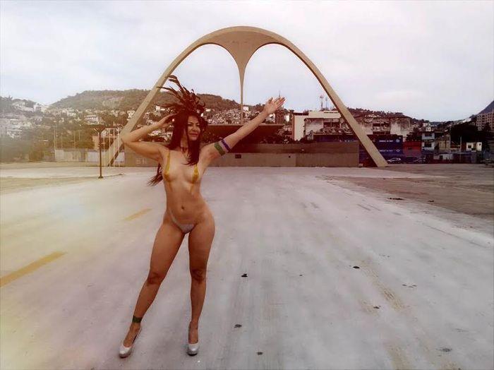 Linda Brazil